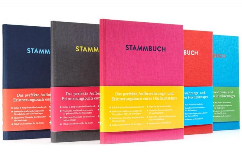 Reihe aus Stammbüchern Paul in den Farben Purpurpink, Platingrau, Rubinrot, Nachtblau und Azurblau.