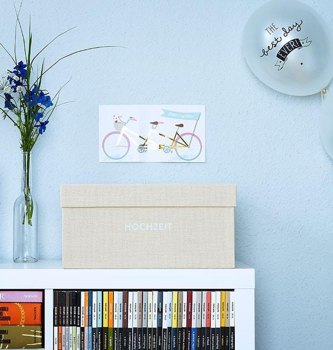 Erinnerungsbox Hochzeit in der Farbe cremebeige auf Expedit Regal